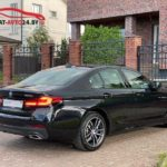 BMW 5 cерия G30 черного цвета