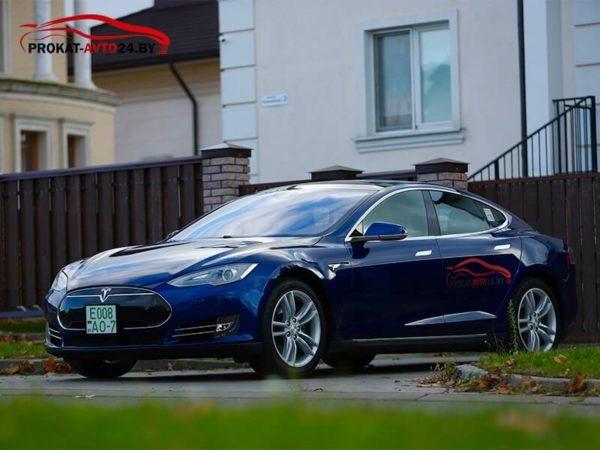 Электромобиль Тесла модель S - прокат и аренда в Минске