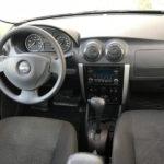 Nissan Almera фото панели приборов