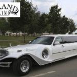 Ретро авто Excalibur-Phantom на праздник